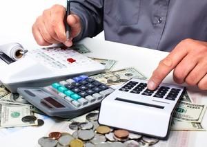 Выходное пособие и страховые взносы: облагается ли + примеры расчета