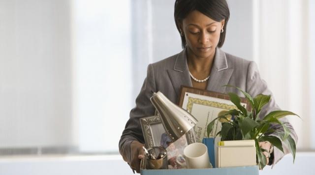 Увольнение главного бухгалтера, прием и передача дел: срок, акт и приказ