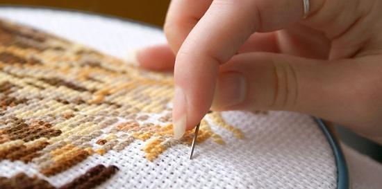 Как заработать на вышивке крестом, бисером и другими способами