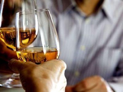 Увольнение за пьянство: статья, порядок и процедура увольнения