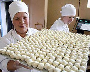 Производство пельменей в мясном магазине