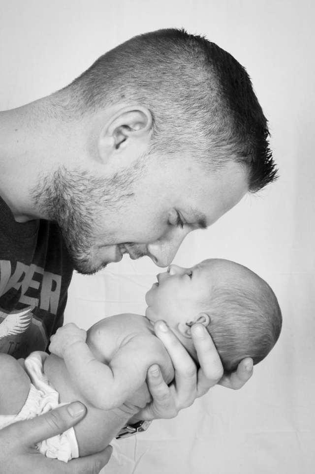Декретный отпуск отцу по уходу за ребенком, если мать не работает