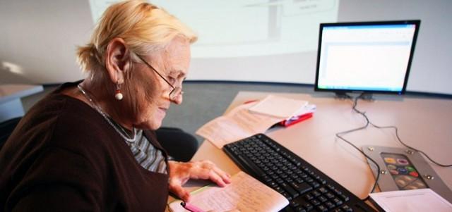 Работник уходит на пенсию – действия работодателя по оформлению