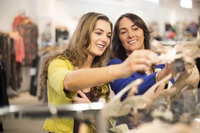 Стратегии привлечения клиентов: виды, эффективность и способы удержания