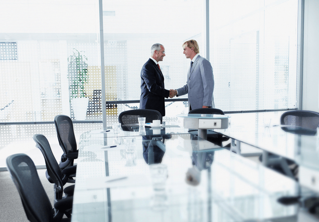 Как оформить увольнение переводом в другую организацию - порядок