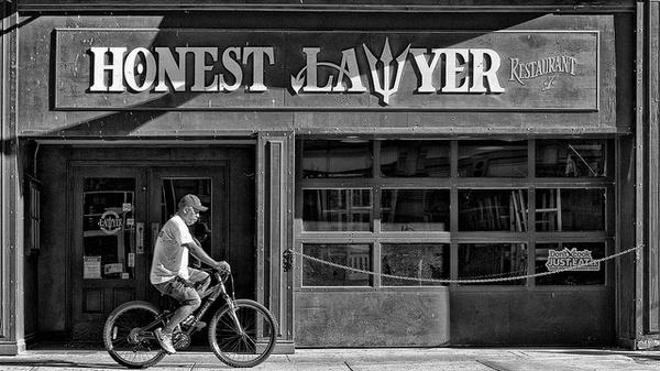 Как найти клиентов юристу: пошаговая инструкция + основные ошибки
