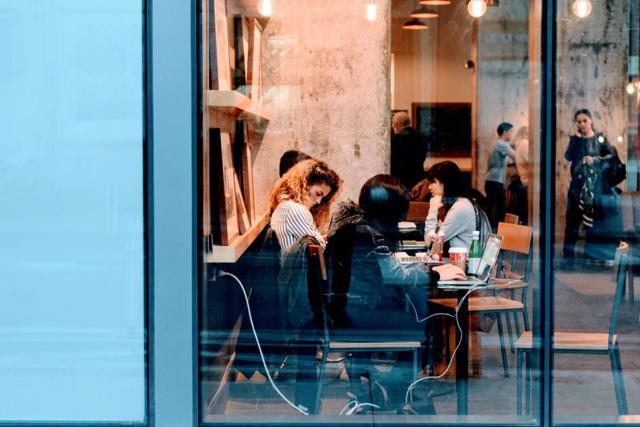 Кафе в жилом доме: можно ли открыть, закон и пошаговая инструкция